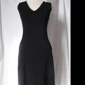 BCBG MAX AZARIA BLACK SLEEVELESS DRESS - Small